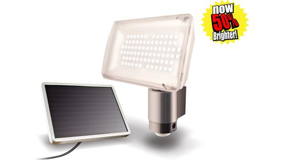 MAXSA 40227 Solar-powered LED Floodlight Front