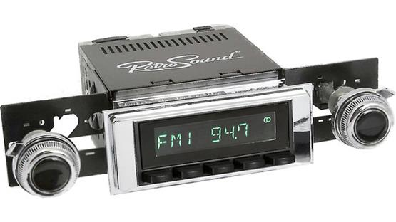 RetroSound 117-120-53-73 Faceplate and Knob Kit Kit shown with RetroSound Model Two radio (sold separately)
