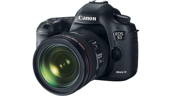 Canon EOS 5D Mark III Standard Zoom Lens Kit Front