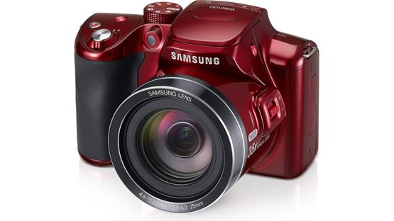 Samsung WB2100 Front