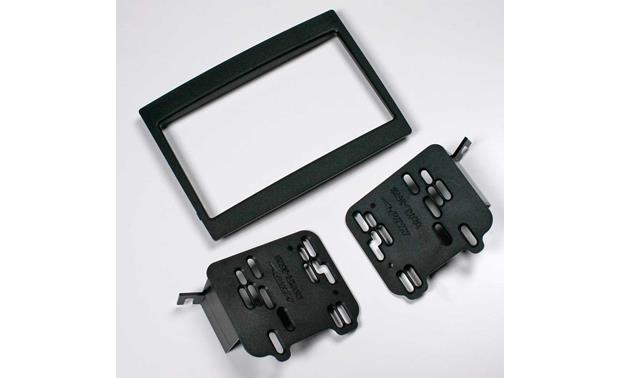 Metra 95-3528 Dash Kit Kit package with included brackets