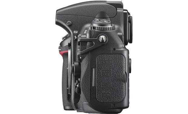 Nikon D700 (Body only) Left