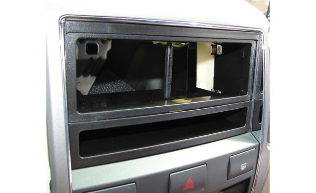 Metra 99-7328 Dash Receiver Kit Kit installed