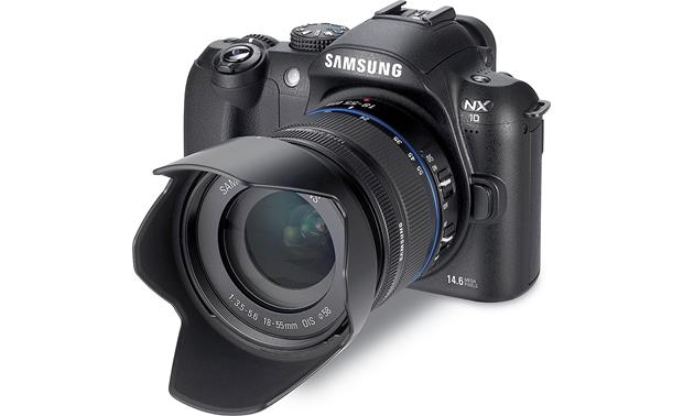Samsung NX10 Front