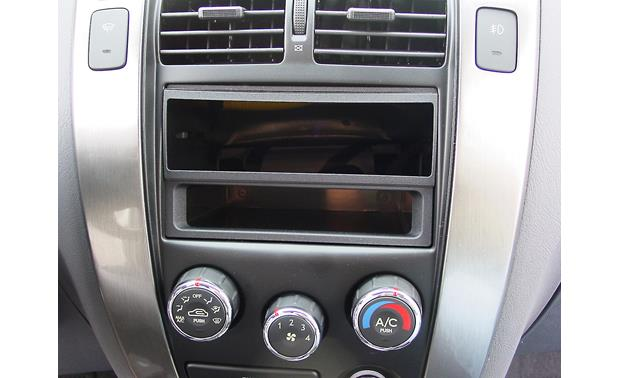 American International HYN-K1124 Dash Kit Kit installed