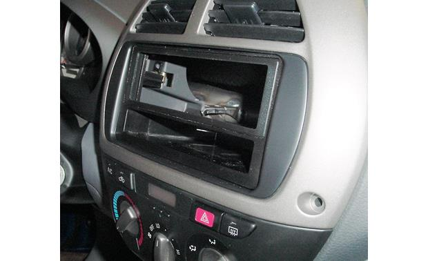Scosche TA2047B Dash Kit Kit installed without radio