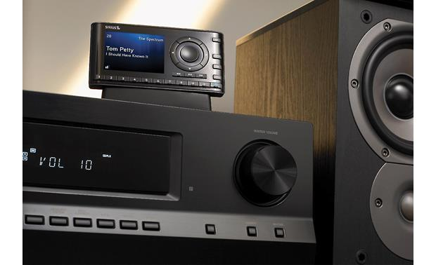 Sirius Starmate 8 Play the Starmate 8 over your home stereo with an optional home kit