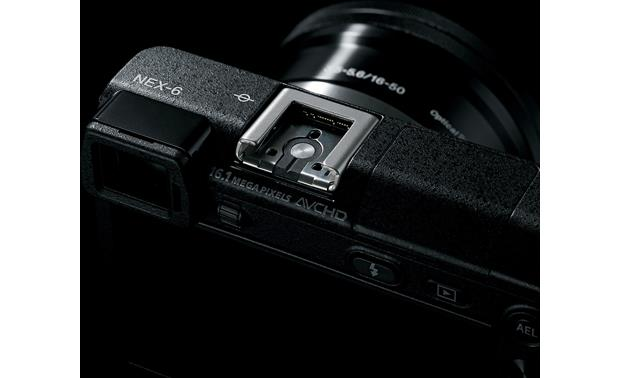 Sony Alpha NEX-6 Multi-interface shoe