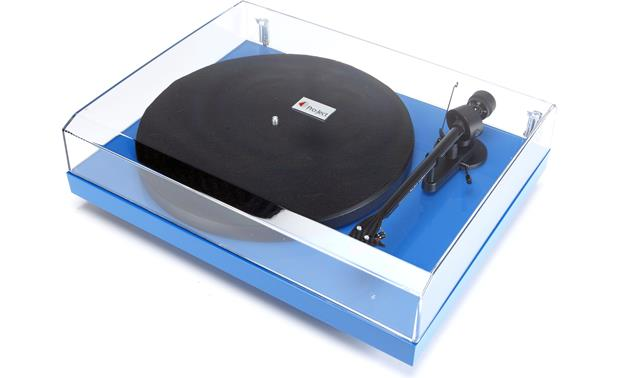Pro-Ject Debut Carbon Gloss Blue (shown with dust cover)