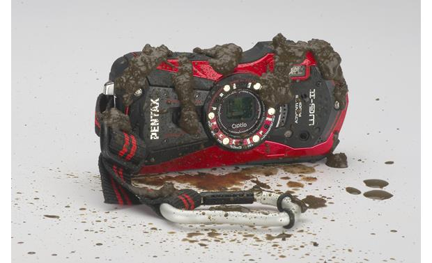 Pentax Optio WG-2 In mud