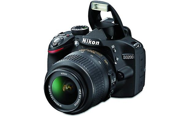 Nikon D3200 Kit Black (flash up)