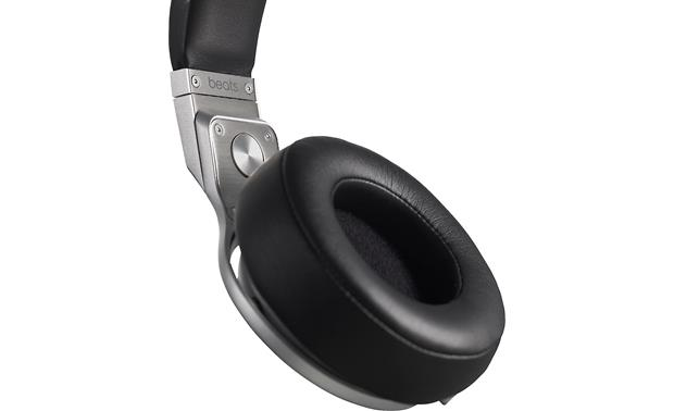 Beats by Dr. Dre® Pro® Padded earcups
