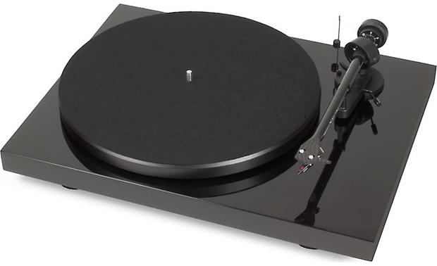 Pro-Ject Debut Carbon USB Gloss Black (dust cover included, not shown)