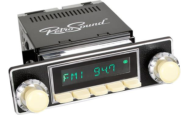 RetroSound EUMBCT-IVO Faceplate and Knob Kit Kit and knobs shown with Retrosound Model Two radio (sold separately)