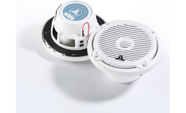 JL Audio MX650-CCX-CG-WH Water-resistant design