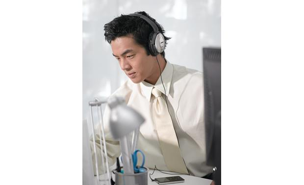 Bose® QuietComfort® 15 Acoustic Noise Cancelling® headphones Block out office noise