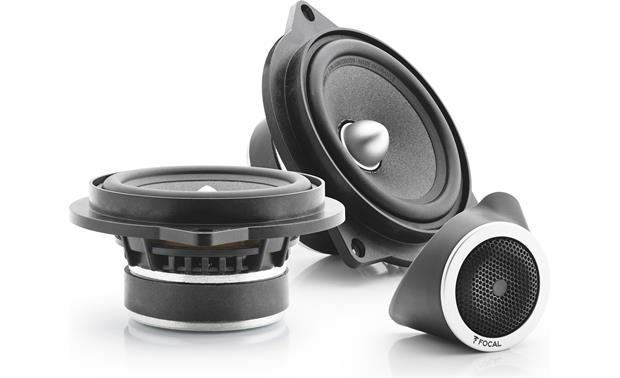 Focal Integration IFBMW-S Woofers and tweeter with grille attached