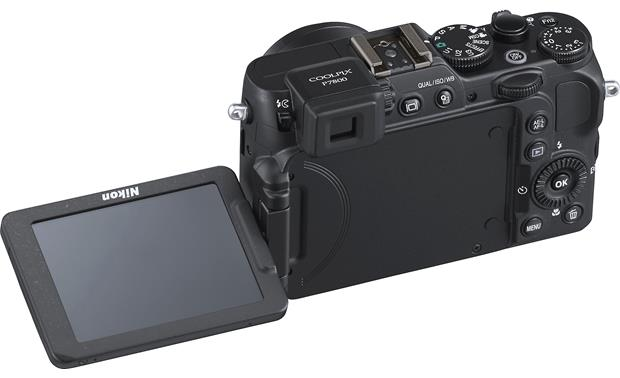 Nikon Coolpix P7800 Flip-out LCD monitor for multi-angle shooting