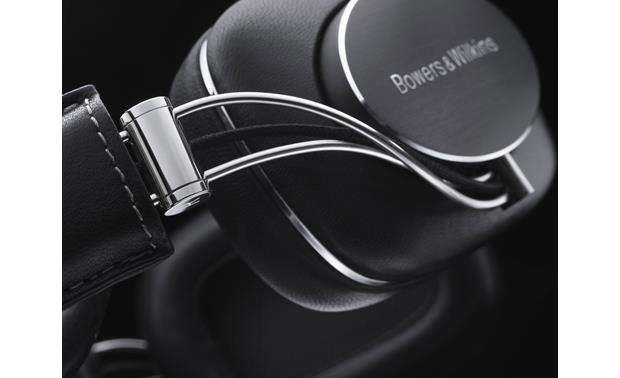 Bowers & Wilkins P7 (Factory Recertified) Quality construction, elegant design