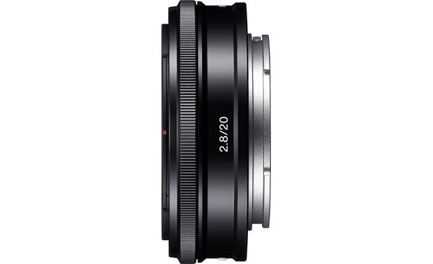 Sony SEL20F28 20mm f/2.8 Side view