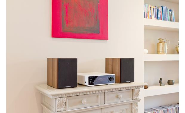 Cambridge Audio Minx Xi Compact tabletop system (speakers not included)