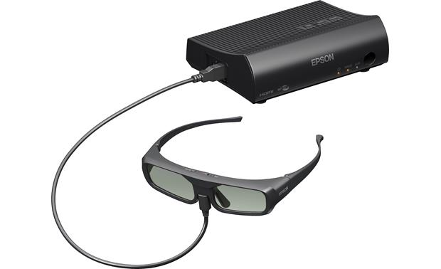 Epson PowerLite Home Cinema 5030UBe Charging the 3D glasses with the wireless transmitter