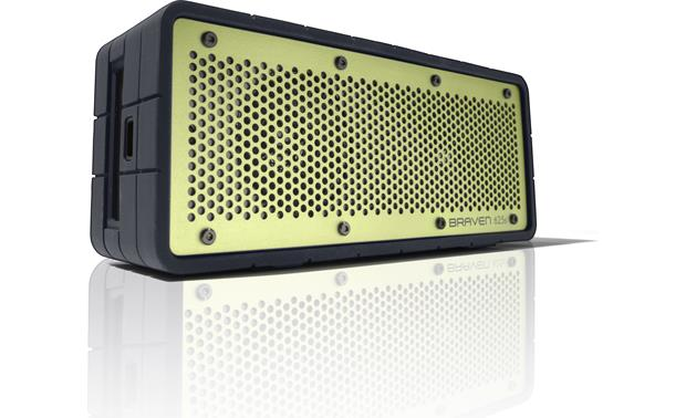 Braven 625s Black with green