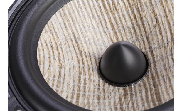 Focal Performance PS 165FX Lightweight flax is woven and sandwiched between glass fiber membranes for an extremely rigid and lightweight cone