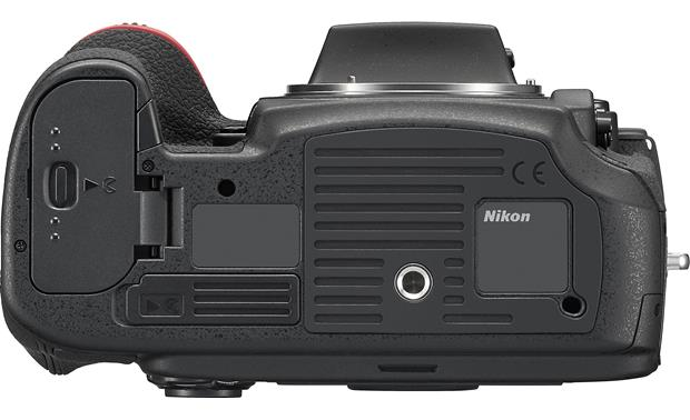 Nikon D810 (no lens included) Bottom