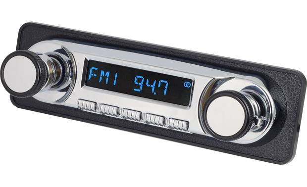 RetroSound 402-292 Dash Kit Kit shown with Retrosound Huntington radio (sold separately)