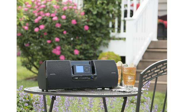 SiriusXM SXSD2 Portable Speaker Dock Take it outdoors