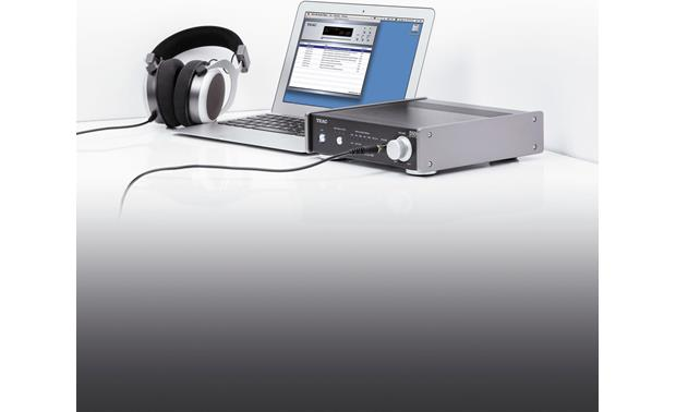 TEAC AI-301DA Enjoy high-resolution music from your computer (laptop and headphones not included)