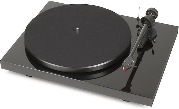 Pro-Ject Debut Carbon (DC) Gloss Black (dust cover included, not shown)