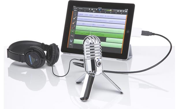 Samson Meteor Mic Recording setup (iPad® and Lightning™ adapter not included)