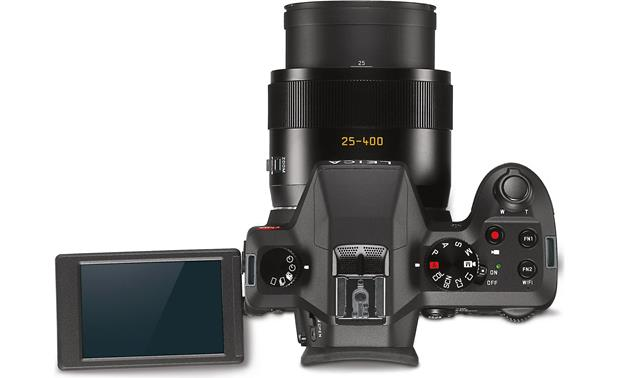 Leica V-Lux Vari-angle LCD screen helps frame and review shots