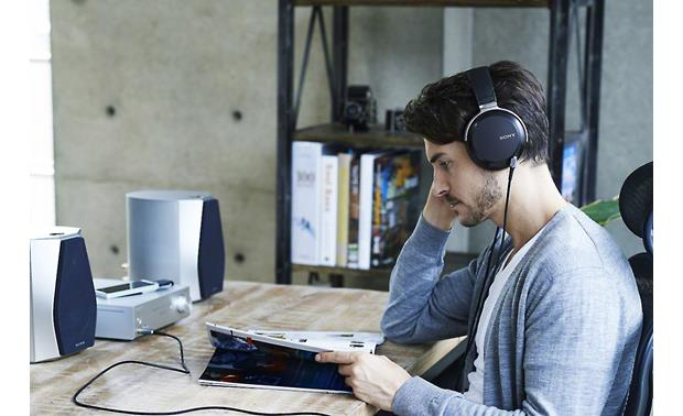 Sony MDR-Z7 Hi-res Connect them to your stereo or desktop system