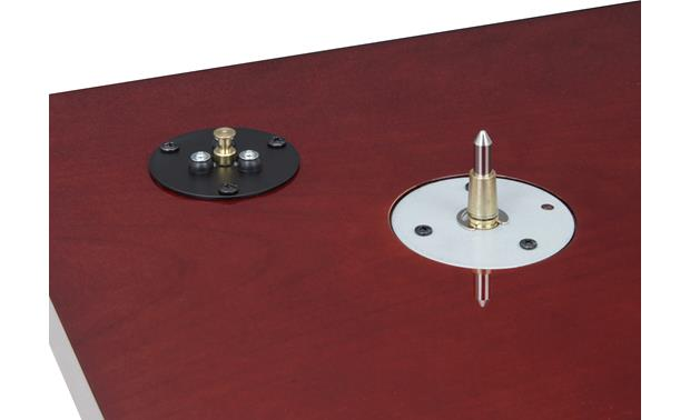 TEAC TN-300 Motor and platter spindle detail (Cherry)