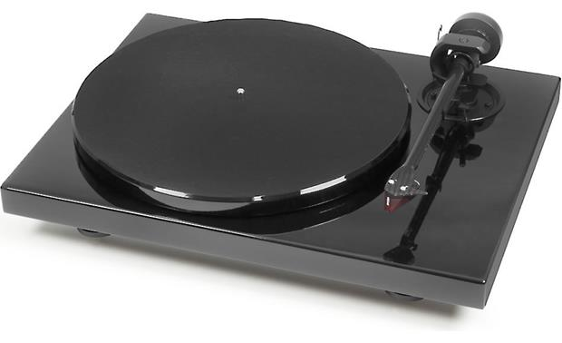 Pro-Ject 1Xpression Carbon Classic Gloss Black (dust cover included, not shown)