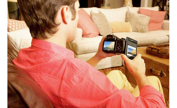 Sony Cyber-shot® DSC-HX400V Use NFC to connect with compatible Android mobile devices (not included)