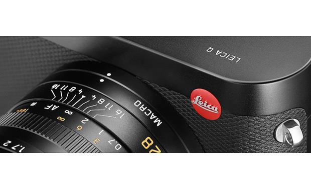 Leica Q (Typ 116) Macro ring rotates to reveal its own distance scale