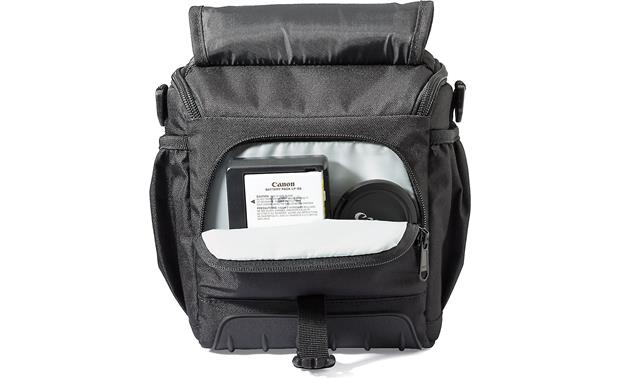 Lowepro Adventura SH 140 II Zippered internal pocket for small accessories