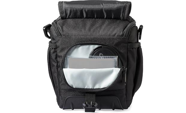 Lowepro Adventura SH 120 II Easy-access inner pocket for small accessories