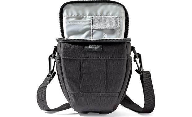 Lowepro Adventura TLZ 20 II Zippered top closure for easy access