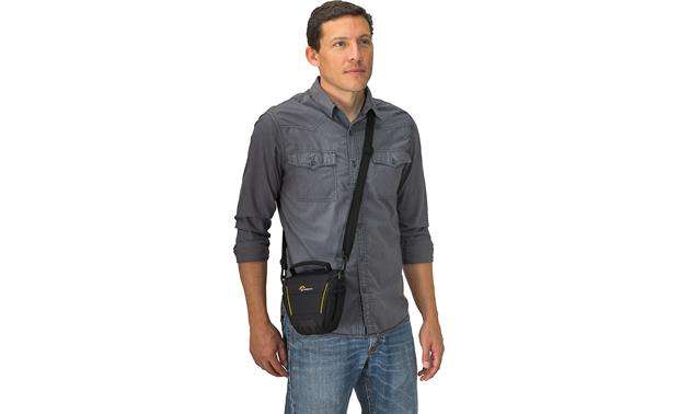 Lowepro Adventura TLZ 20 II Removable, adjustable padded strap adds comfort and flexibility