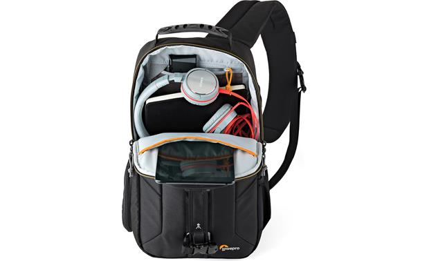 Lowepro Slingshot Edge 250 AW Large external pocket holds additional accessories