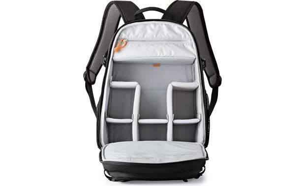 Lowepro Tahoe BP 150 Removable internal divider keeps gear organized