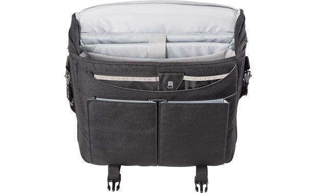 Nikon Courier Bag Internal pockets hold small accessories