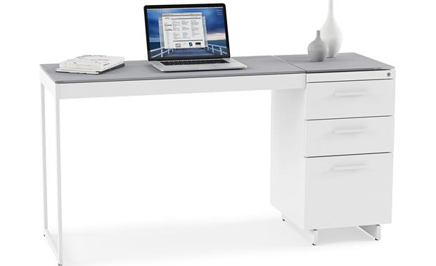BDI Centro 6414 Shown with optional BDI 6402 return (computer and office accessories not included)