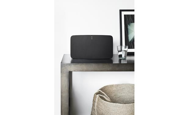 Sonos Play:5 In a den