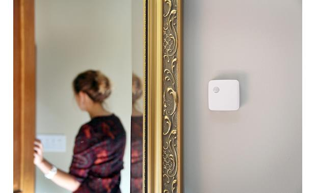 Samsung SmartThings Motion Sensor Have lights turn off when you leave the room